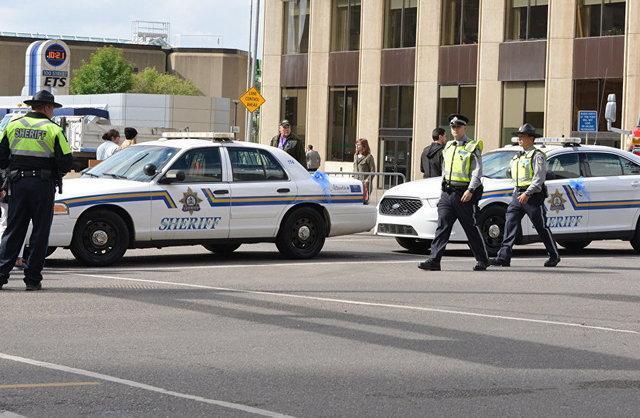 تخلیه فروشگاهی در تورنتو به دلیل تیراندازی
