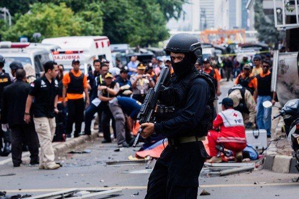 پلیس اندونزی 9 نفر را به اتهام ارتباط با داعش بازداشت کرد