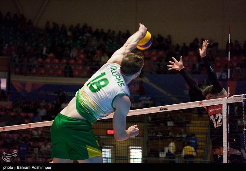 والیبال قهرمانی آسیا، استرالیا به سختی از سد پاکستان گذشت و به نیمه نهایی رسید