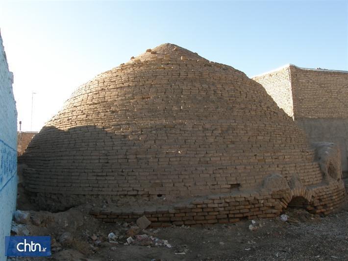 آب انبارهای شهر کندر در شهرستان خلیل آباد مرمت می گردد
