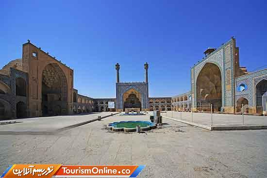 فرسودگی شبکه فاضلاب مانع برطرف نم زدگی دیوار مسجد جامع اصفهان شد