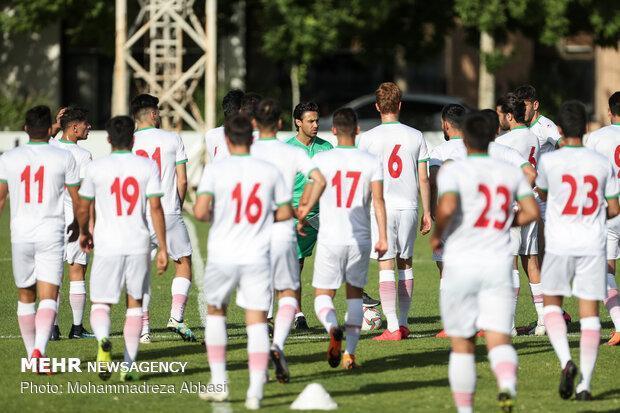کمک 200 میلیون تومانی کمیته ملی المپیک به فدراسیون فوتبال