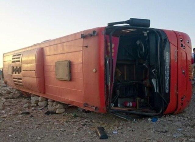 سانحه اتوبوس مسافربری اهواز به بندرعباس 11 مصدوم برجای گذاشت