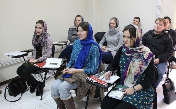 حضور فارسی آموزان روسیه در نمایشگاه گردشگری تهران