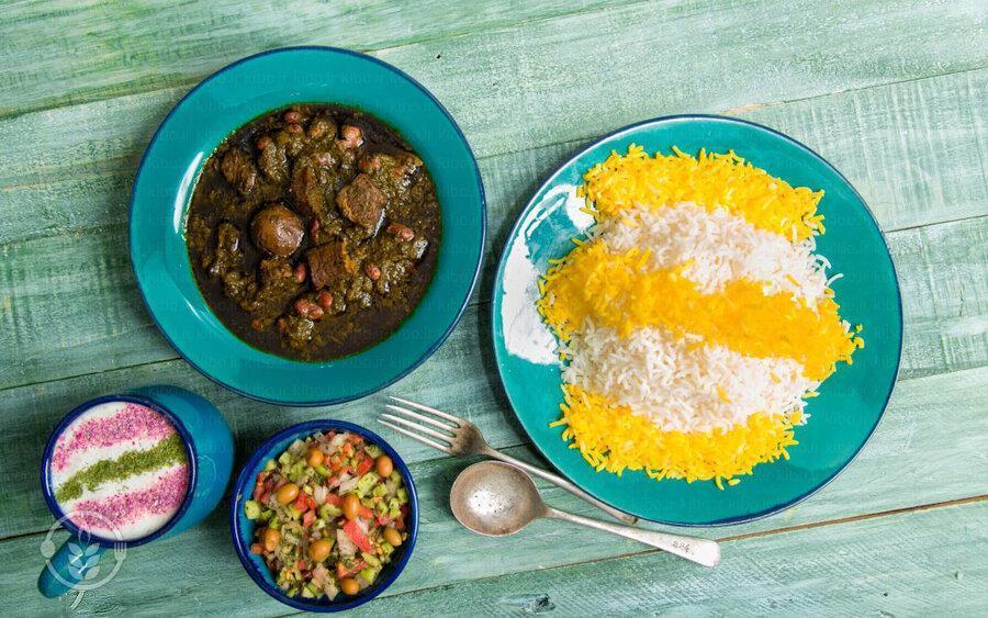 طرز تهیه خورشت قورمه سبزی ، نکات و ترفندهای پخت این غذای ایرانی
