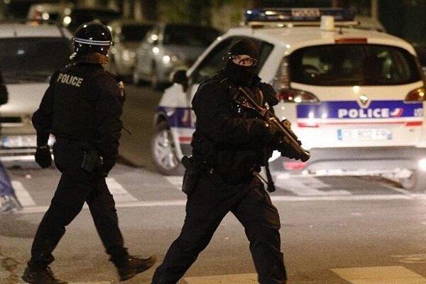 10 نفر در حادثه چاقوکشی در پاریس کشته و زخمی شدند