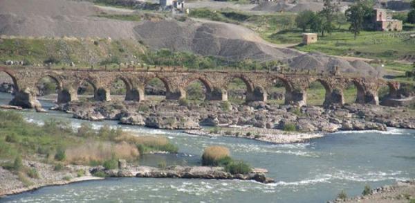 قابلیت ثبت جهانی 100 پل تاریخی لرستان