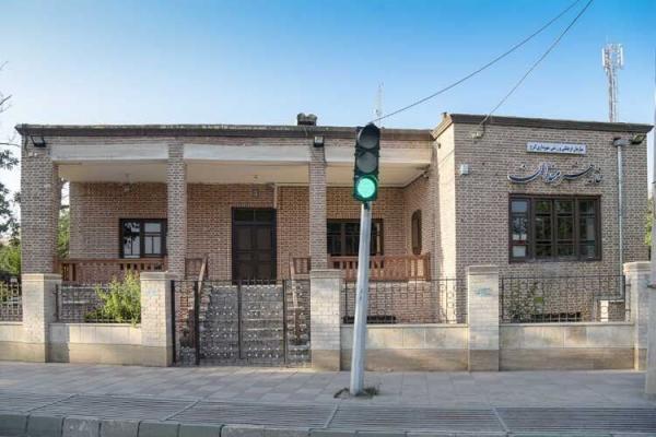 خبرنگاران شهرداری کرج بازسازی خانه هنرمندان را برعهده گرفت