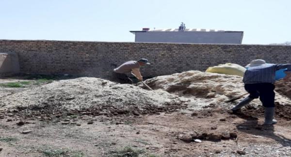 بازسازی بام حمام تاریخی روستای ولاشجرد فراهان شروع شد