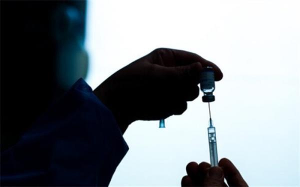 خبرنگاران واکسن کرونا دریافت می نمایند