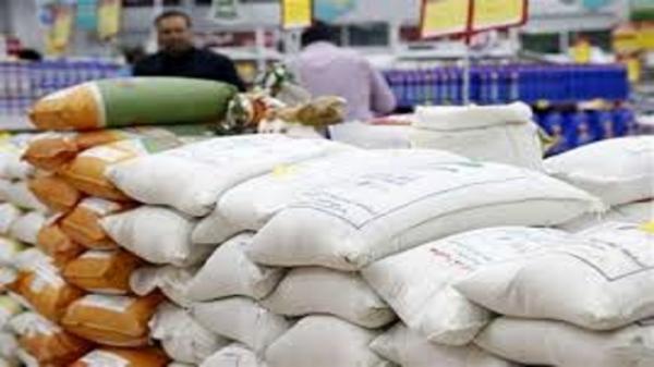 جمع آوری و عدم فروش 27 تن برنج غیر بهداشتی در زاهدان